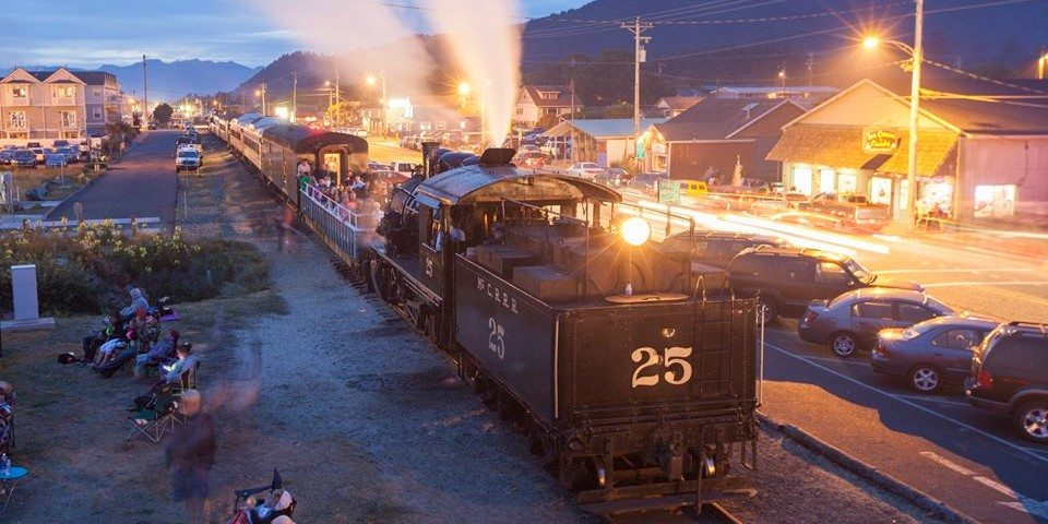 Tillamook-Coast-Oregon-Scenic-Railroad-960x480