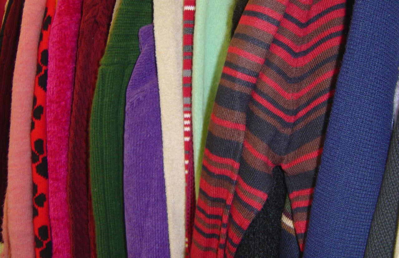 clothing-1188137-1279x827