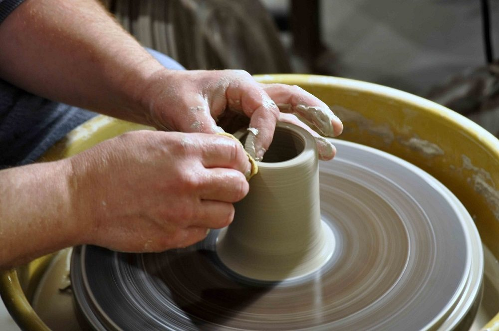 Andy Toth at the potter's wheel