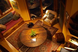 Warm-toned living room at Eagles Nest Vacation Rental, Neahkahnie