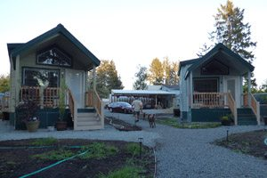 Small rental homes with porches