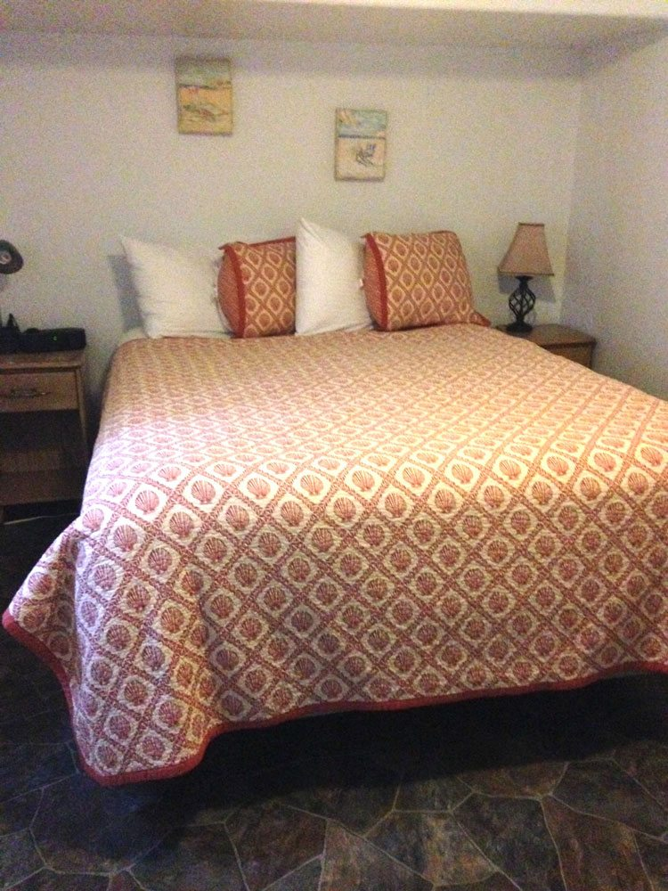 Terimore Motel room