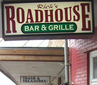 Rick's Roadhouse Bar & Grille sign