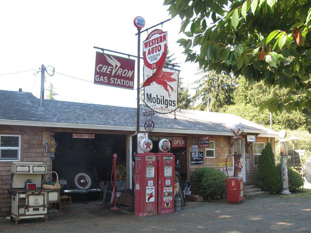 Becker's Cabins