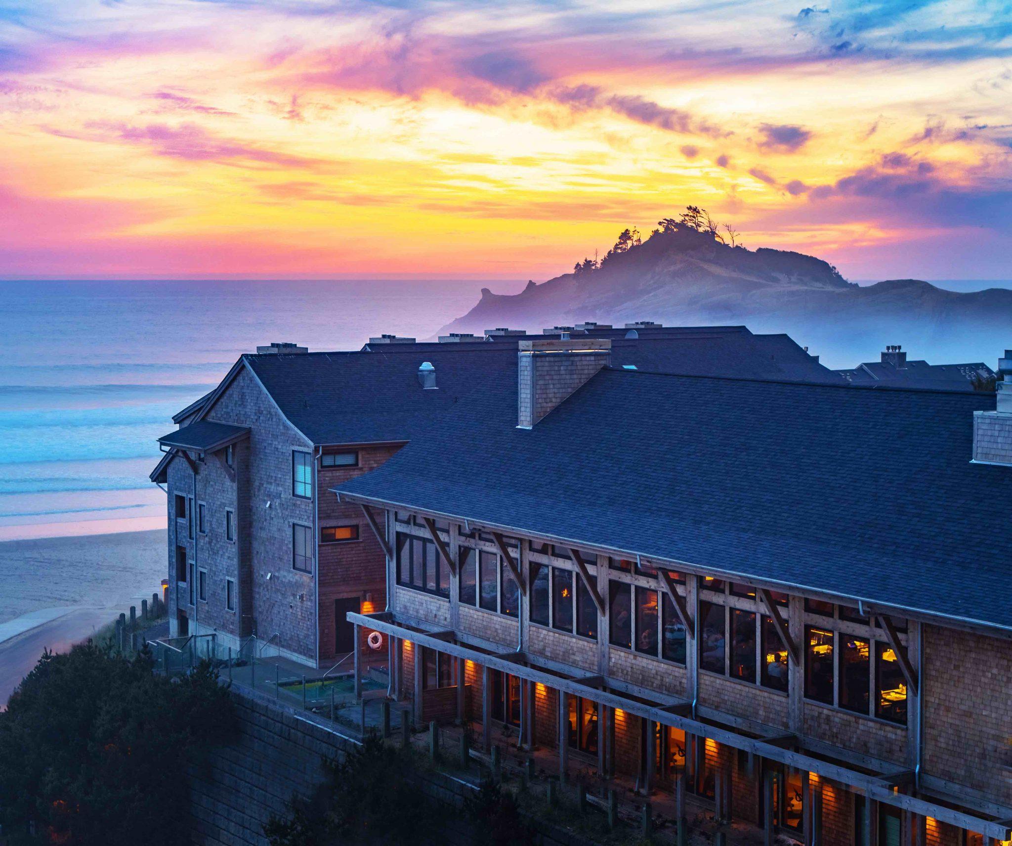 Headlands Coastal Lodge and Spa