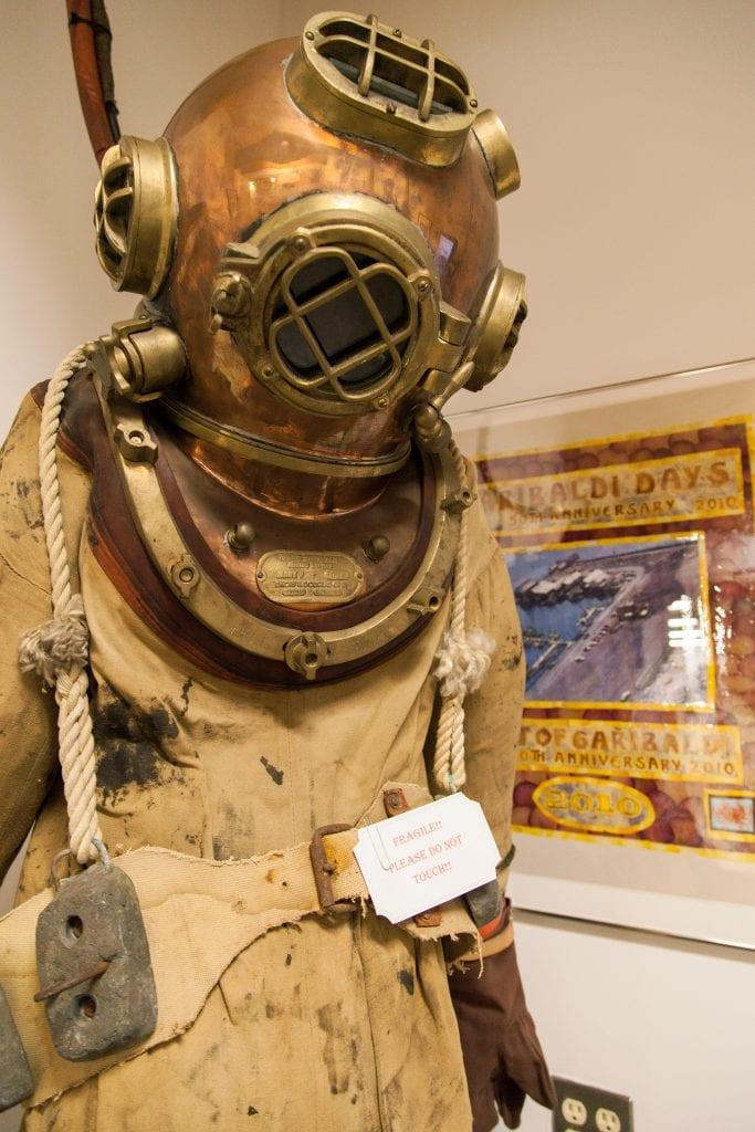 museum maritime deep sea suit