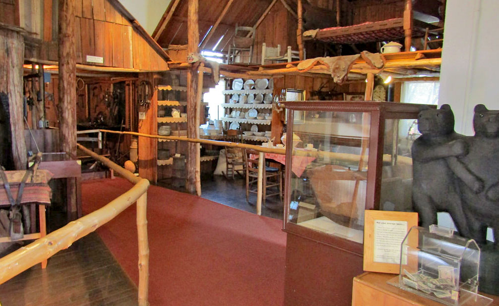 Tillamook Pioneer Museum arts